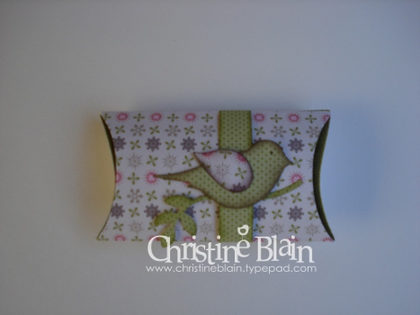 July blog hop pillow box