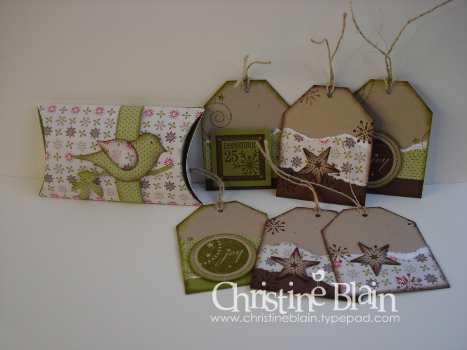 July blog hop pillow box & tags
